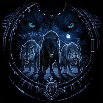 WOLF TRIBAL (1082)