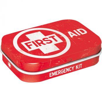 Pastillirasia First Aid punainen