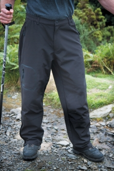 SOFTSHELL HOUSUT Black