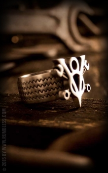 SORMUS - Stainless Steel Ring V8